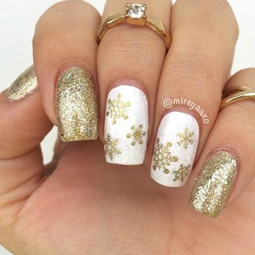 381 mejores imgenes de christmas nails en pinterest uas de diy christmas nail art 50 christmas nail designs you can do yourself solutioingenieria Image collections