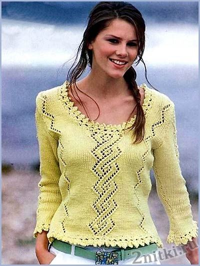 Женский пуловер фисташкового цвета