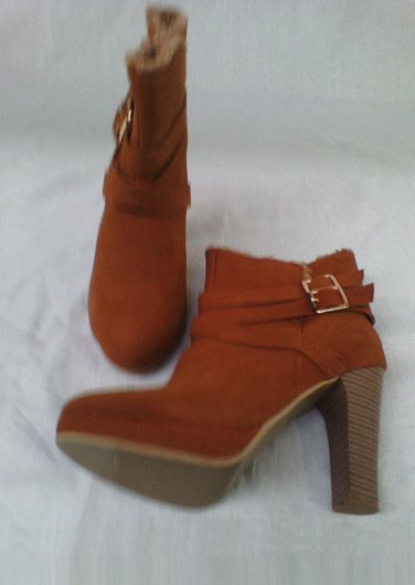 LADIES WOMEN'S ANKLE LENGTH BLOCK HEEL BOOTS FOR AN OUTSTANDING PRICE OF £15.99 ONLY.