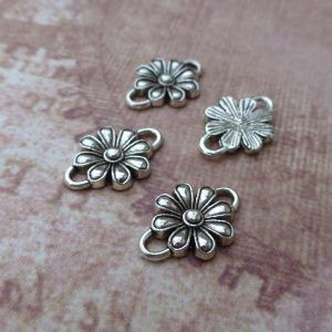 Antique Silver Flower Connector Pack of 20, jewellery connectors and links at www.kookeli.com