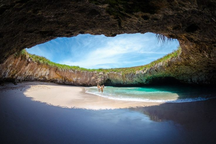 Islas Marietas - Mexico <3  Beautiful spot!