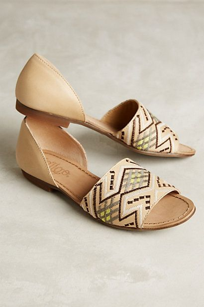 Anthropologie EU Carmen Embroidered Flats, Style No. 7314437860002