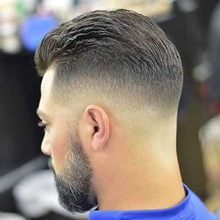 Cortar el pelo degradado hombre
