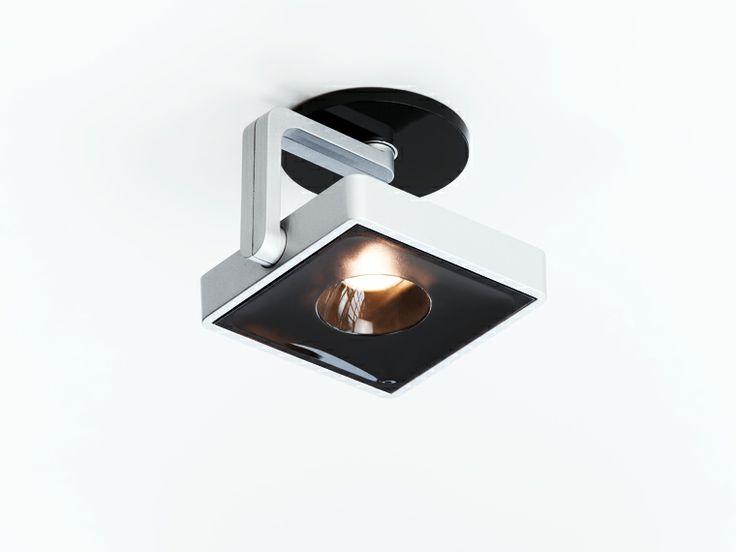 Fabulous Studio Spot TOBIAS GRAU STUDIO is a powerful and elegant LED spotlight Versions