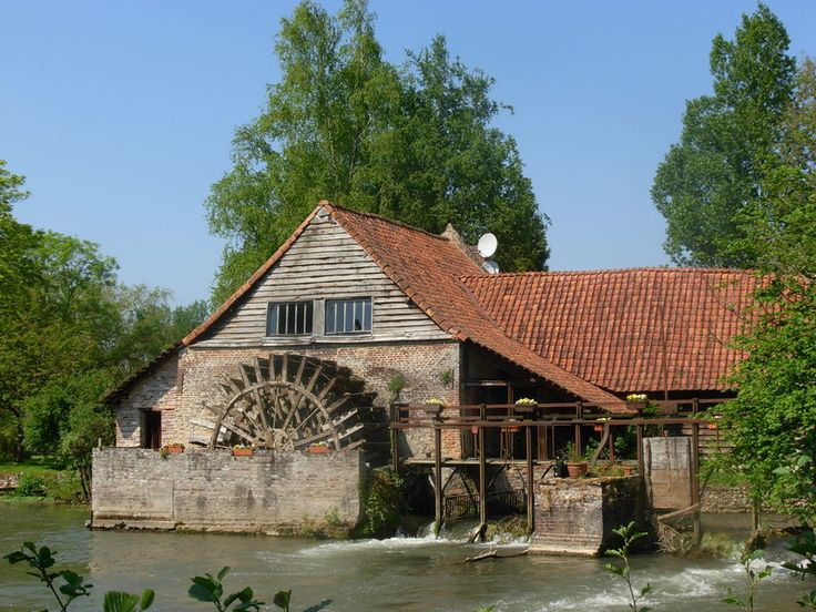 Le moulin de Maintenay  (Pas de Calais - France)