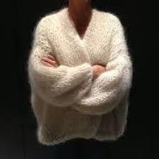 Resultado de imagen de bernadette vest