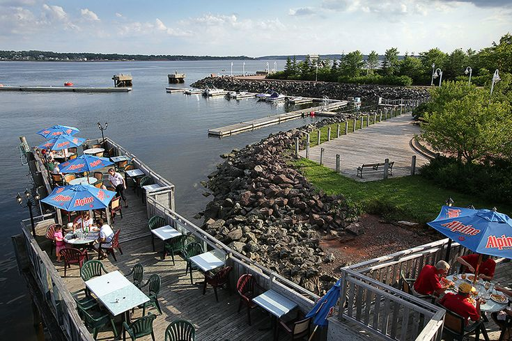 Lobster on the Wharf – Photos of Fresh Lobster Restaurant and Pound – Charlottetown, PEI