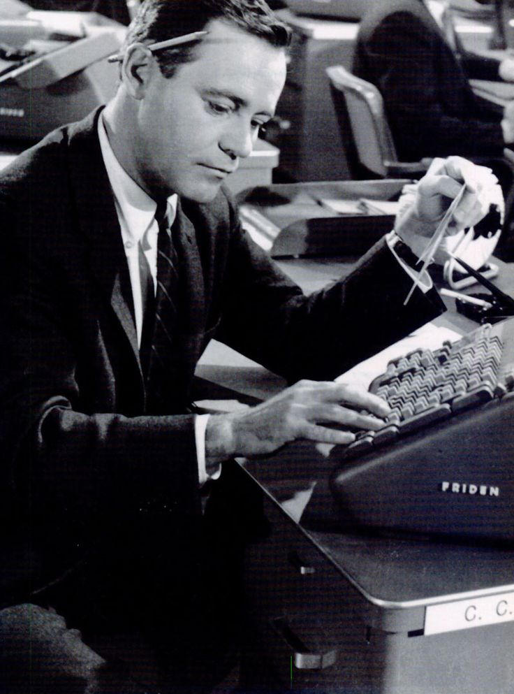 """Jack Lemmon as the office clerk C.C. Baxter in """"The Apartment"""" (1960)"""