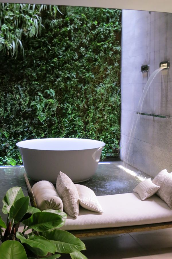 | P | Gessi Bathroom Milan 2013 via Purple Area
