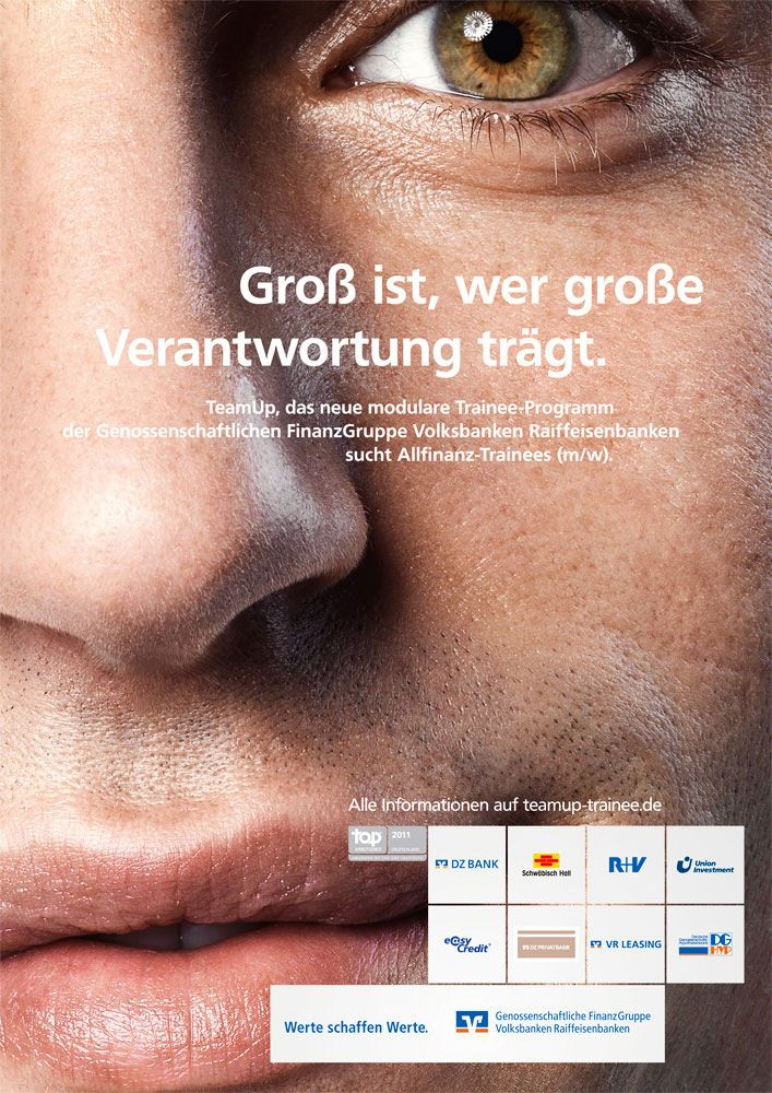 Photography By Dominik Mentzos C O Severin Wendeler Advertising People Advertisingphotography Campaign Stillsphotography Raiffeisenbank Finanzen Programm