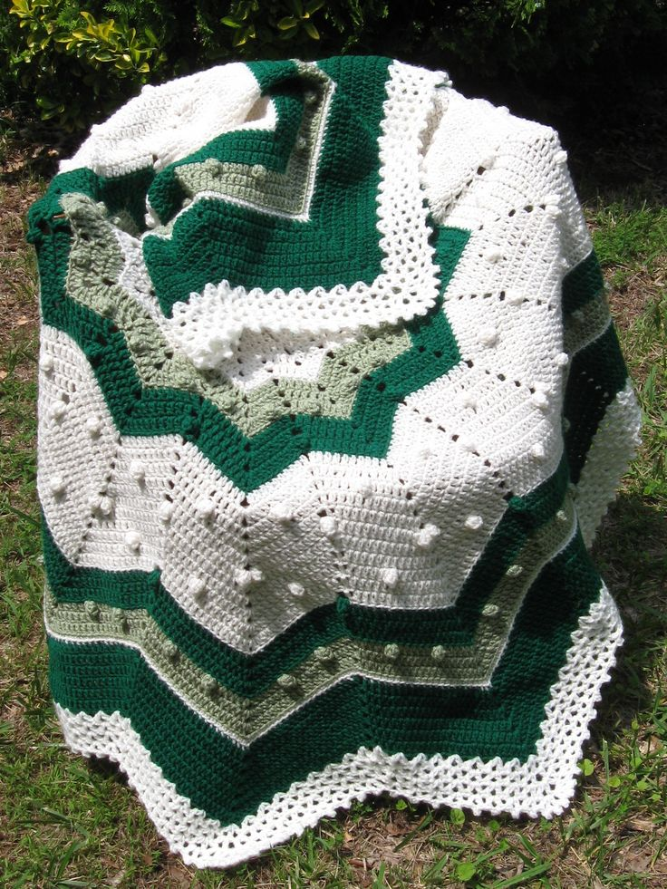 Green Crochet Afghan Pattern : Green Theme CROCHET ROUND RIPPLE AFGHANS Pinterest Green