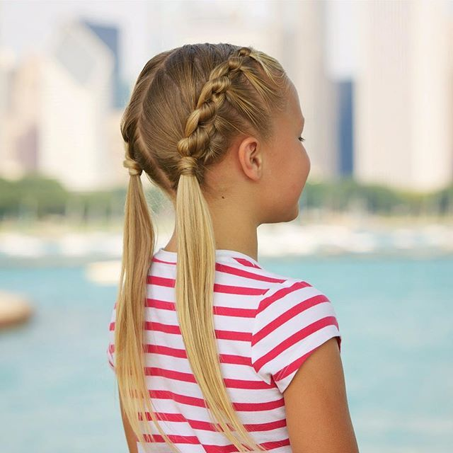 Knotted pigtails with Chicago pier & skyline! Wish we could go back for the Cubs game tomorrow! ❤️⚾️💙 #twinshair #hairideas #hairinspo #hairinspiration #braidingmommies #cutegirlshairstyles #hairofinstagram #gocubsgo #knottedpigtails