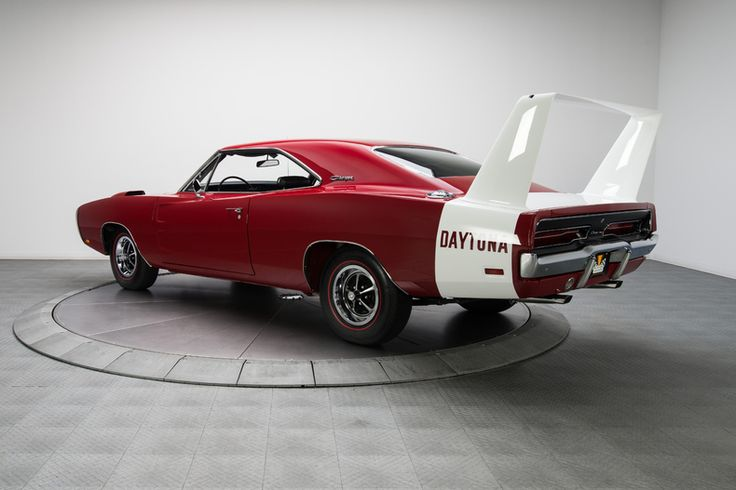 1969 Red Dodge Charger Daytona Hardtop 440 Magnum V8 | Gear X Head
