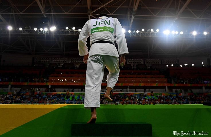 #リオ五輪 の #柔道 男子100キロ級で #羽賀龍之介 選手が銅メダルを獲得しました。明日は柔道最終日、#原沢久喜 選手と #山部佳苗 選手に期待です。#rio2016 #リオデジャネイロ #brazil #judo