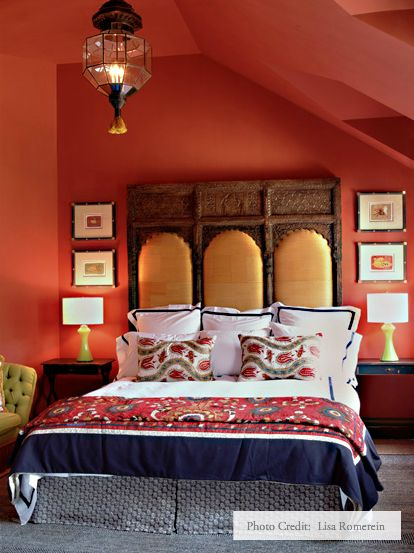 58 best dramatic deeps images on pinterest home ideas bedrooms and for the home - Moroccan style bedroom ...