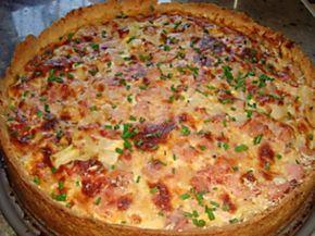 """Hemelse asperge quiche met lenteui en ham.Het is lente want dat is duidelijk te merken en ze zijn er weer. Verse witte asperges oftewel het """"Limburgs goud"""". Het seizoen is"""