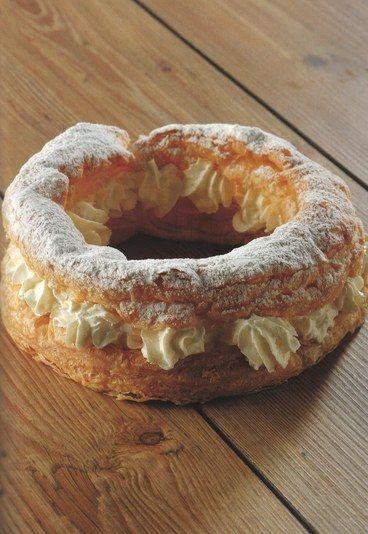 Rosca de hojaldre rellena de nata: De Nata, Hojaldre Rellena, Recipe, The Recipes, Candies, 10 Recetas, Puff, Cooking Recipes