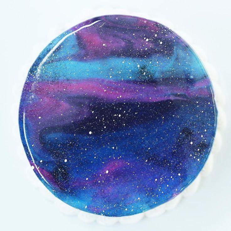 how to make a beautiful galaxy mirror cake using