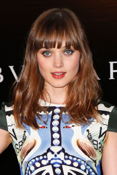 Bella Heathcote - Love the makeup, the hair, and the patterned shift dress.