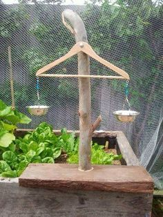 OUTDOOR SCALES FOR CHILDREN -Cool way to let a child learn about balancing weights