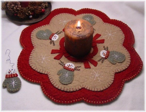Felted Wool: Snow Mittens Penny Rug Candle Mat Pattern