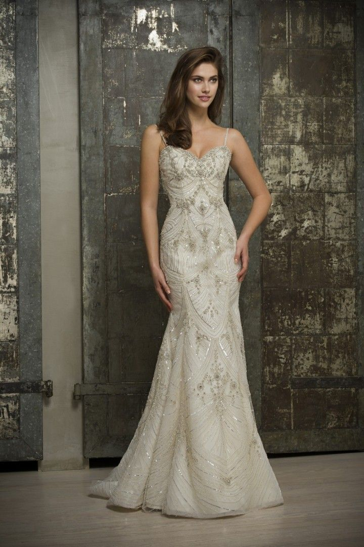 Editor's Pick: Enaura Bridal Wedding Dresses - MODwedding