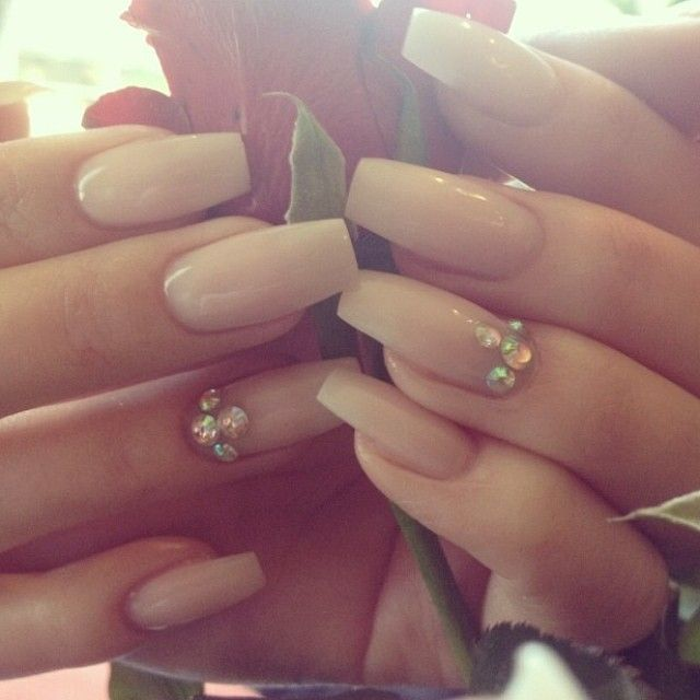 wedding nails. Pinterest: ♚ @RoyaltyCalme †