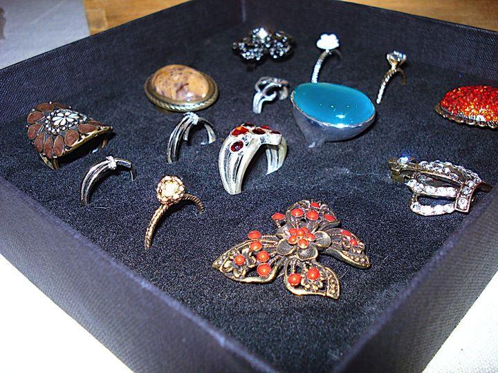 DIY Ringenhouder voor grote Ringen en Broches * Lily's Beauty & Fashion Blog