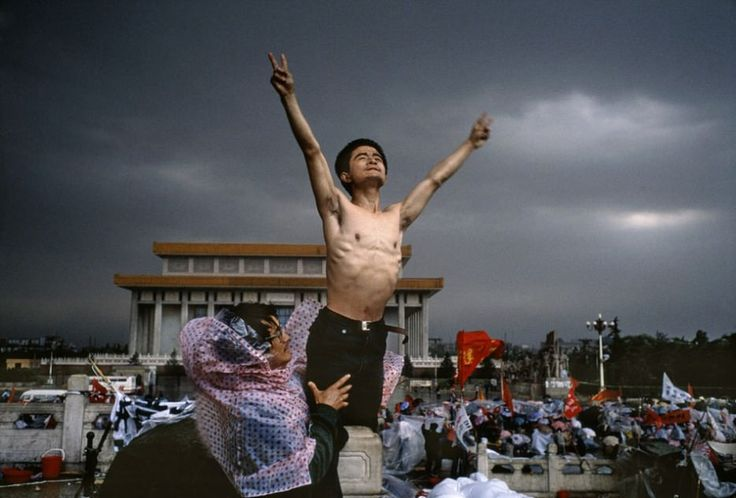 A man protests in Tiananmen Square, Beijing [1989]