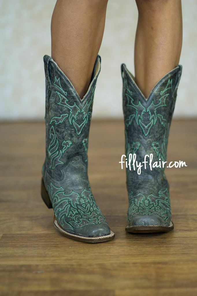 Corral Vintage Boots in BLACK/TURQUOISE  - Stunning vintage corral cowgirl boots in snip toe. Runs true to size.    Genuine leather foot and shaft   Toe shape: Snip   Insole: Cushion   Outsole: Leather   Leather lining   Hand-stitched floral design