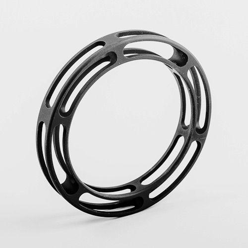Anyaga: Alumínium  Művész: Menyhárt Richárd