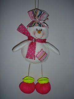 Olá Meninas arteiras queridas...  Hoje estive no Programa Mulher.Com fazendo este Boneco de neve fofo.  Conforme prometi, a lista de materia...
