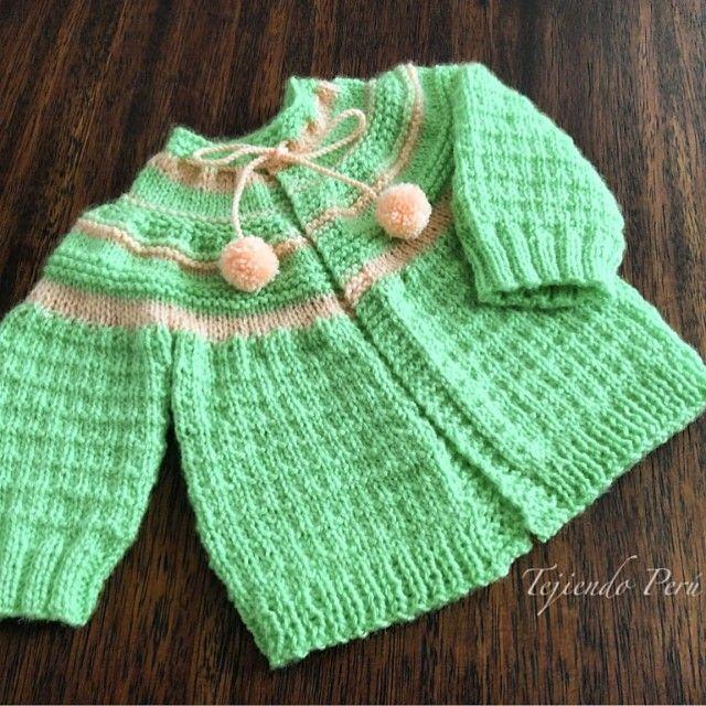 Chaquetita o ropón con canesú para bebés recién nacidos muy fácil ...