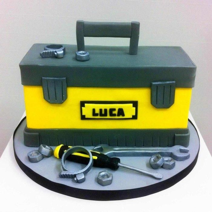 Tool+box+cake+-+Cake+by+Bella's+Bakery
