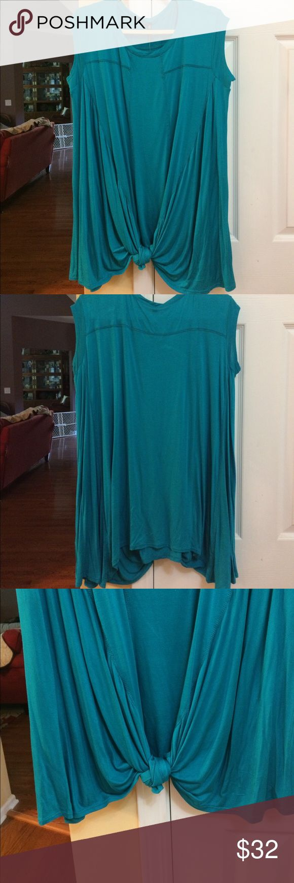 Branches btq turquoise med top/dress.  NWT Branches btq medium turquoise top, rayon & spandex. Super soft. Great with jeans or leggings. NWT. Armit/bust measures about 18 laying flat, length is about 32 inches. Stretchy Branches btq Tops