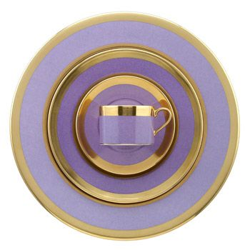 Avington Lavender place setting from William Yeoward. The lavender adds a modern twist while the gold bands keep ithe formal dinnerware a bit traditional
