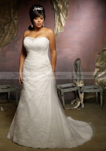 A-line Strapless Lace And Tulle Plus Size Wedding Dresses