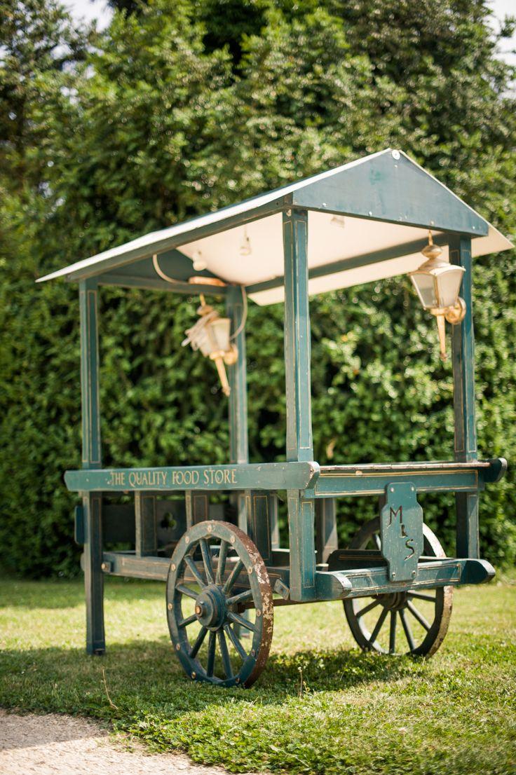 Chariot d'antan pour Candy Bar, décoration extérieure