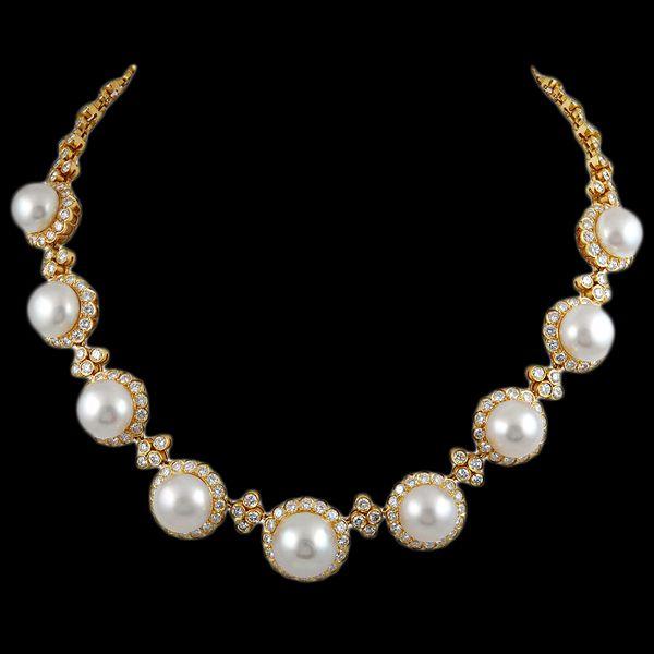 VAN CLEEF & ARPELS Diamond & Pearl Necklace -