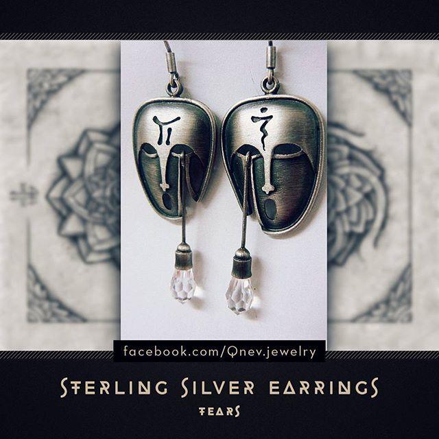 #earrings #sterlingsilver #jewelrydesign #jewelrydesigner #jewellery #jewelry #silverearrings #mask #homemadejewelry #fantasyart #fantasy #fantasyjewelry #face #metalwork #artwork #homemade #mythe #lemythe #artistic