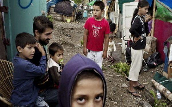 AFP: Sclipiri de speranta pentru romii din Romania chiar daca drumul este lung