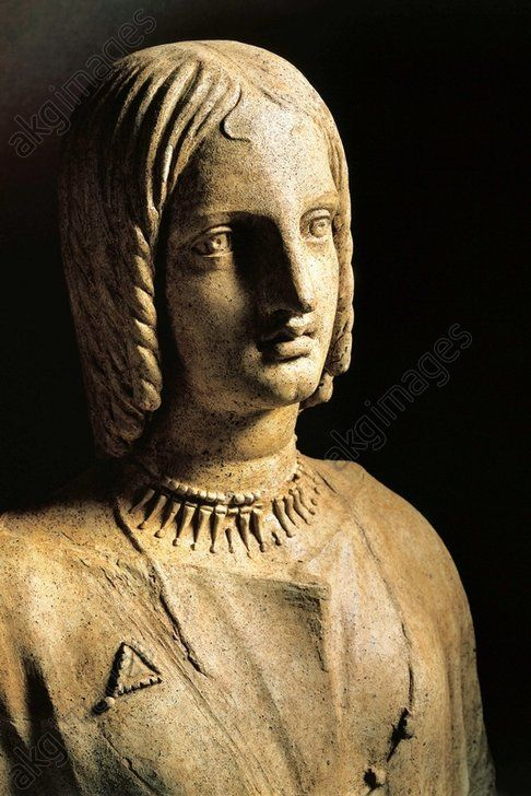 Italic civilization, 5th century b. C. Latins civilization. Terracotta bust of a woman. From Lavinio, Lazio Region, Italy. Pomezia Pratica Di Mare, Museo Archeologico Lavinium