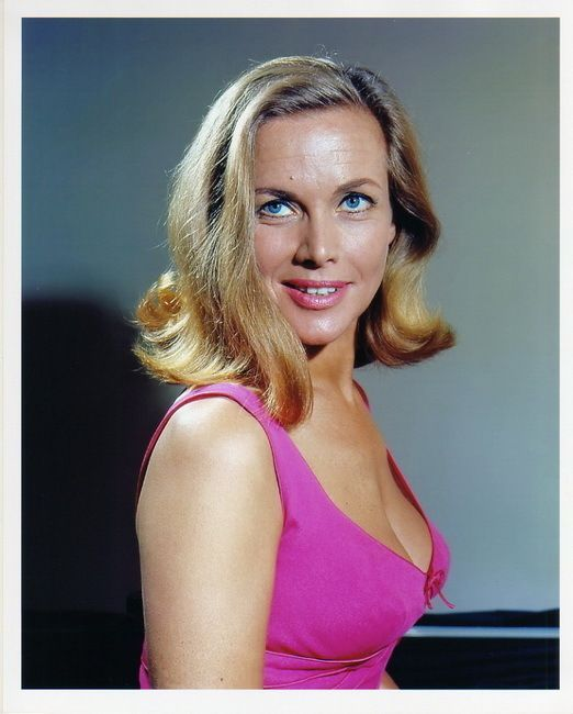 honor blackman - photo #3