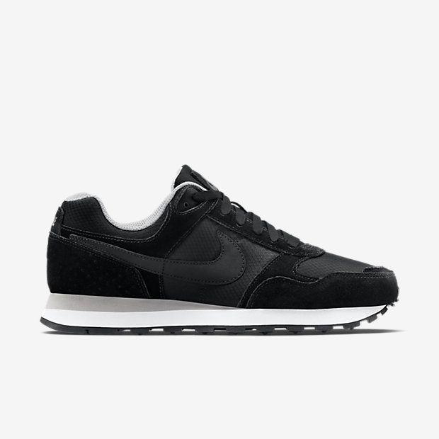 meet 9d949 7731c Nike MD Runner Women s Shoe
