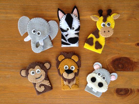 Zoo Friends Finger Puppet Set por momanddotsfeltshop en Etsy