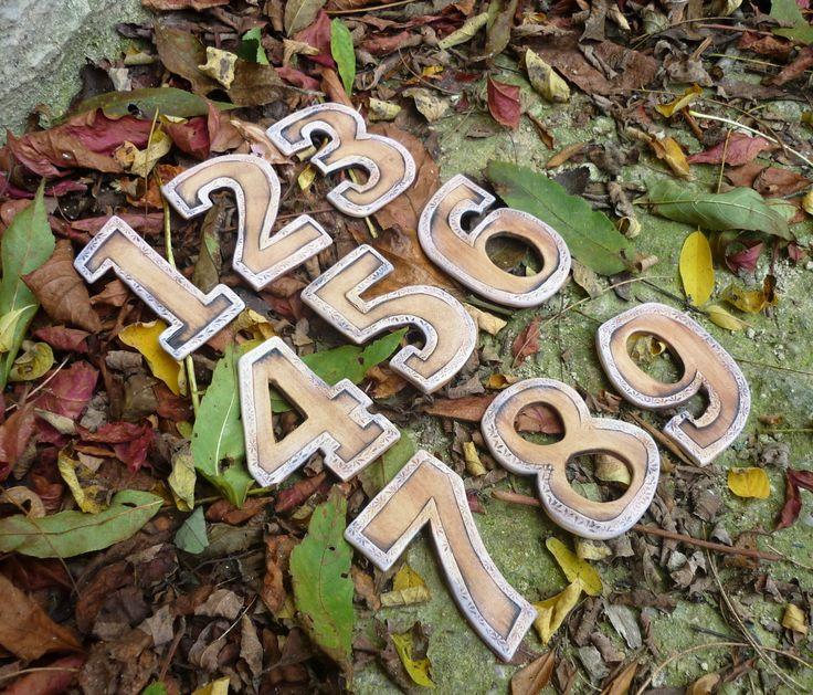 Číslo tvého pokoje Keramická číslice Rozměr 5 x 7 cm Cena za jednu číslici