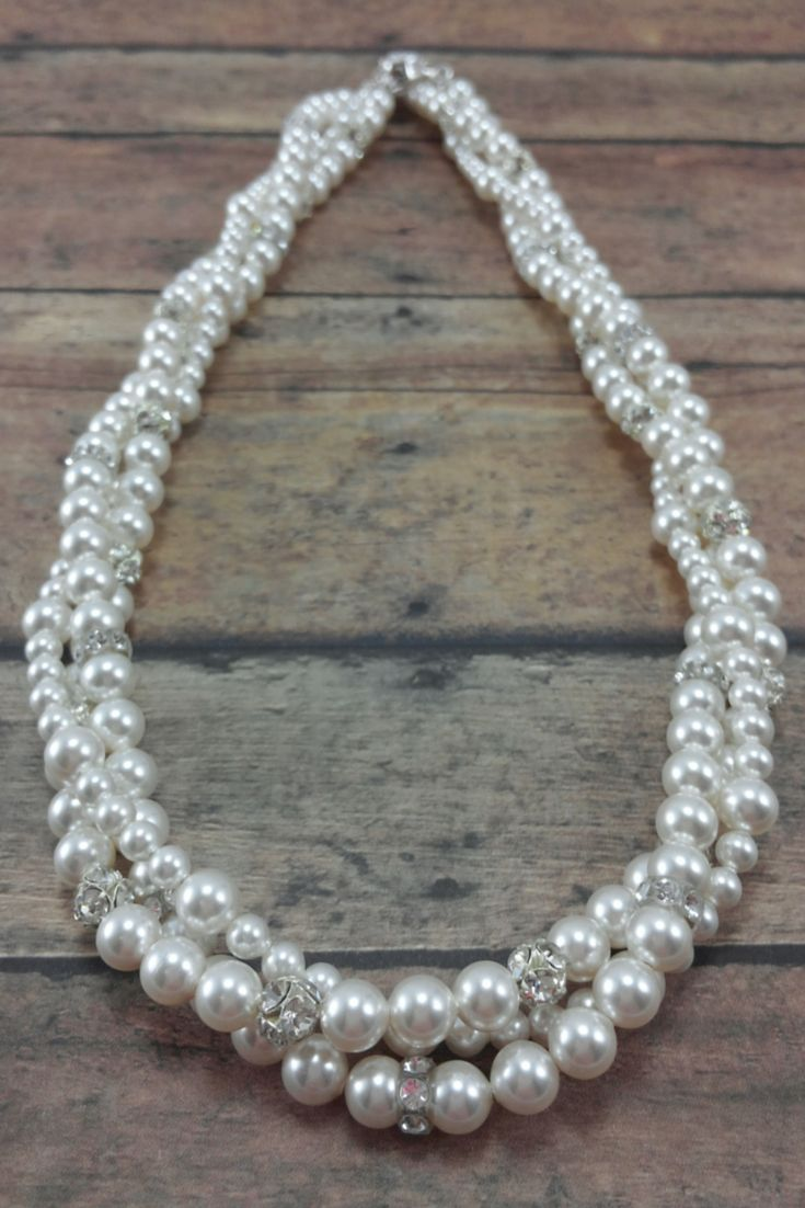 perfect necklace to make a statement without being over the top