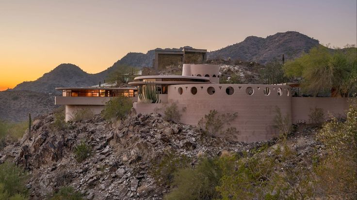FLW -  That design, that view, the textures, and detail... sublime! - The Daily Beast presents a look at one of the most insane houses in the world.