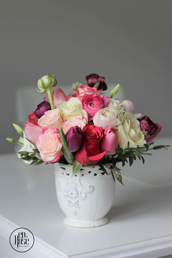 Aranjament floral Romance Un aranjament floral realizat in stil romantic, pentru care am ales flori delicate in tonuri pastelate.