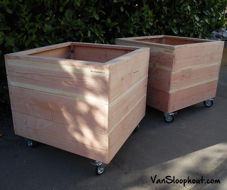 Kleed je tuin aan met deze op maat en wens gemaakte plantenbakken van duurzaam Douglas hout (vuurhout) #Douglashout #vuurhout #plantenbak #sloophout #maatwerk